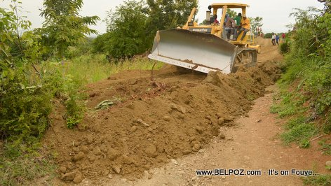 Depute Tit Delacruz - Route Construction - Thomassique, section Locianne