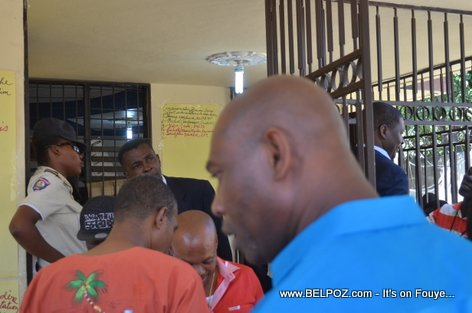 Haiti Elections 2015 - BED Hinche, Kandida vinn depoze pyes