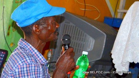 Moun nan Section Communale Mirebalais ap mande ROUTE