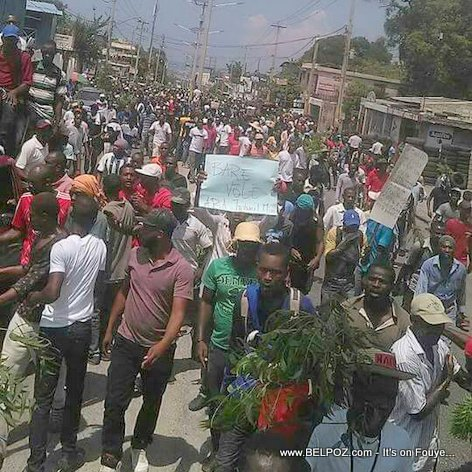 PHOTO: Manifestation in Haiti Tuesday, 12 Sept 2017