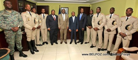 PHOTO: Haitian Military Engineers accompany Defense Minister Herve Denis