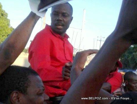 PHOTO: Haiti - MOISE Jean Charles après son retour de Cuba pour des raisons médicales