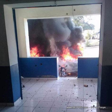 SCOOP: Belladere Haiti, Gwo deblozay, Machine vice delege a boule