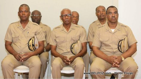 PHOTO: Haut Etat-Major de la nouvelles Forces Armée d'Haiti