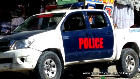 PHOTO: Haitian Police Car