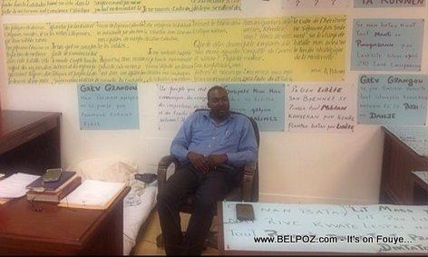 Depute Arnel Belizaire - Greve de Faim au parlement Haitien