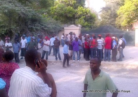 Manifestation in front of Jean Bertrand Aristide House In Tabarre