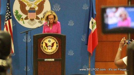 PHOTO: Haiti - Ambasadè Pamela White ap bay Dènye Conference de Presse li avan li Kite Peyi a...