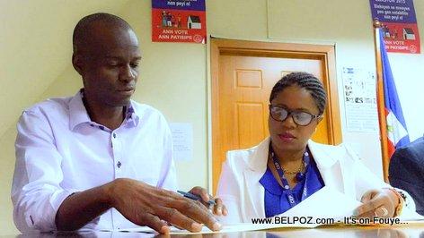 Haiti Elections President - Jovenel Moise ap Verifye Bilten Electoral yo...