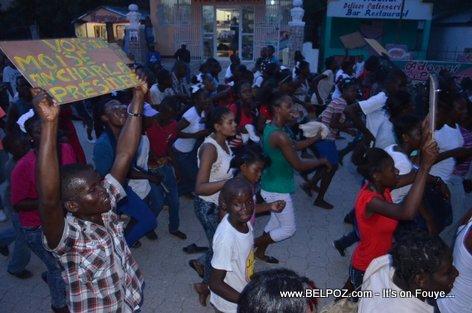 PHOTO: Campagne Electorale Moise Jean Charles Hinche Haiti