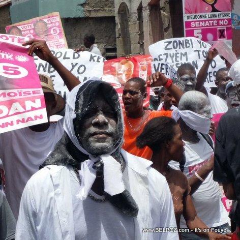 Haiti Manifestation - Zonbi PHTK yo pran lari au Cap-Haitien